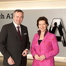 Frauenministerin Gabriele Heinisch-Hosek zu Besuch bei A1