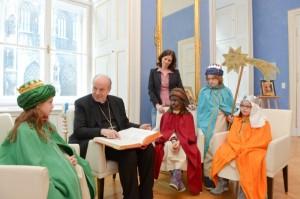 Auftakt zur 60. Sternsingeraktion: Besuch bei Kardinal Schönborn